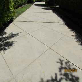 Huntington Beach Pressure Washing Driveway Cleaning