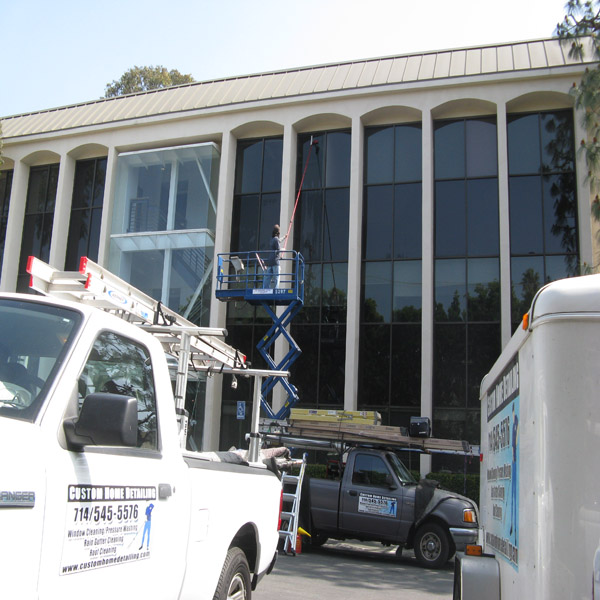 Pressure Washing Commercial Buildings